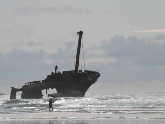 bateau qui coule en mer