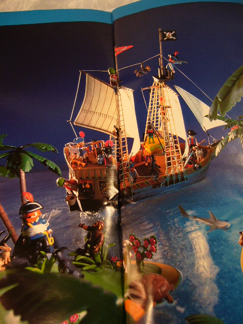 playmobil bateau des pirates