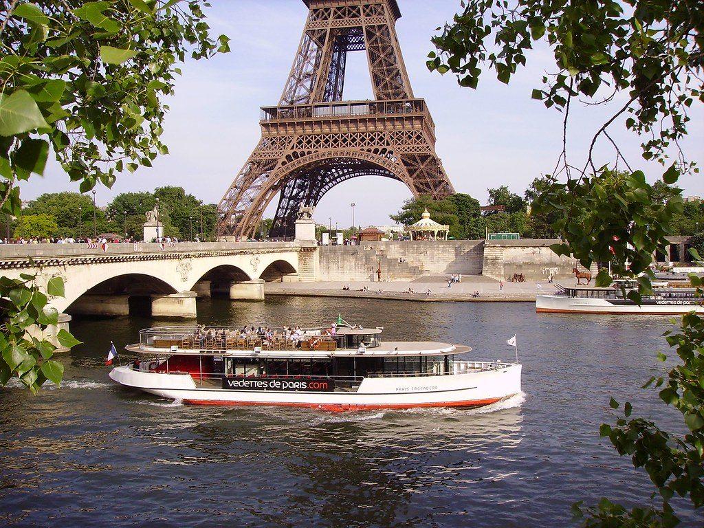 promenade seine paris bateau