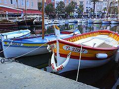 bateau a moteur jeanneau