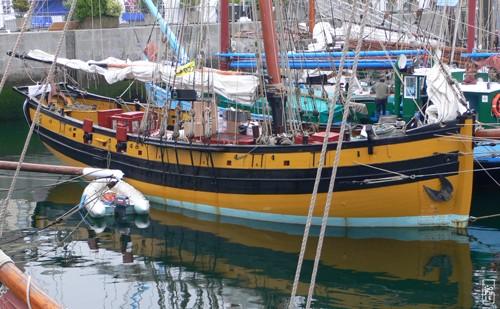 construction maquette bateau bois