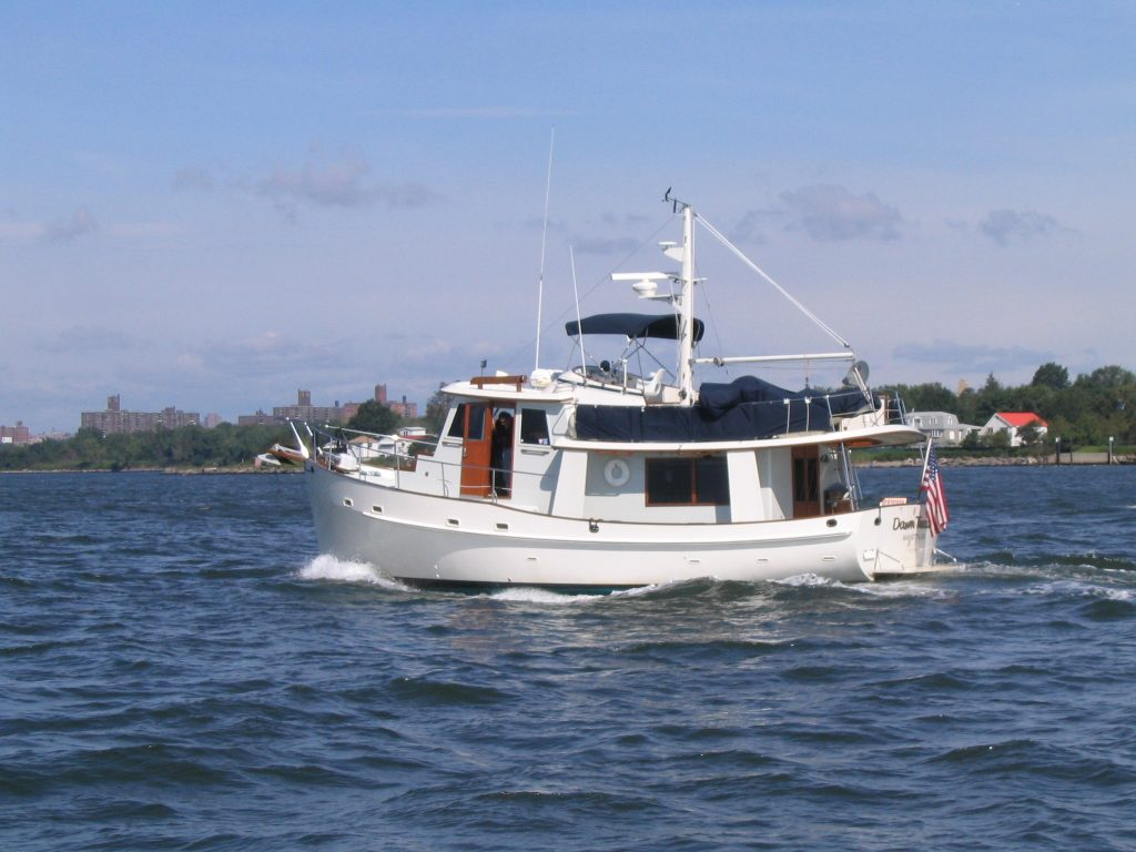 bateau moteur beneteau