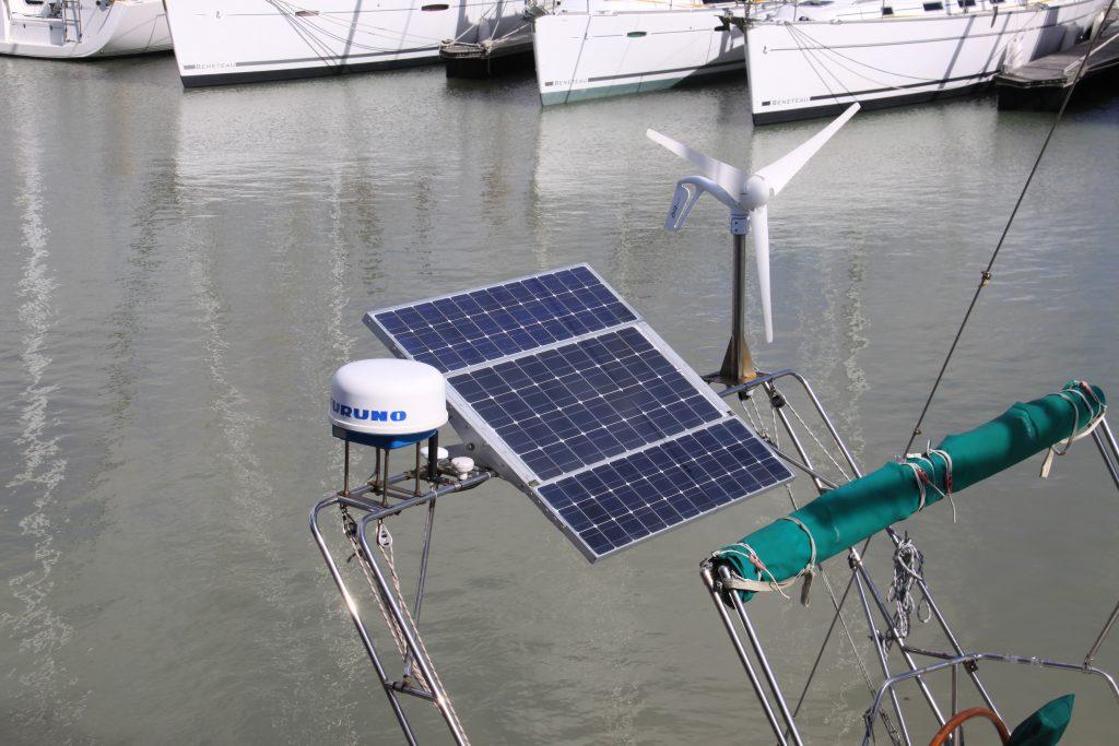 panneaux solaires pour voilier